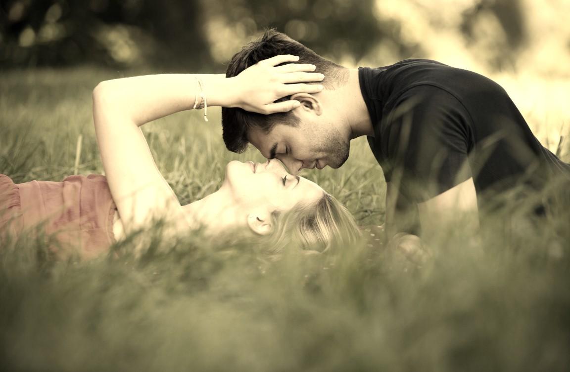 Dobra komunikacja w związku: 4 strategie dla introwertyków